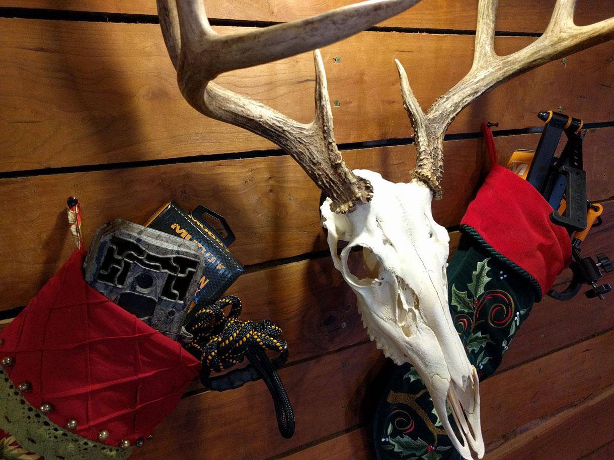 Stocking Stuffers For Hunters Muddy S Stocking Stuffers
